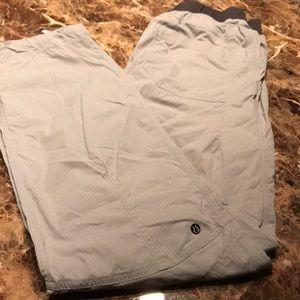 Loved men's lulu pants
